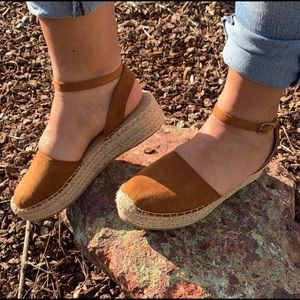 Shoes - New Cute flat espadrille